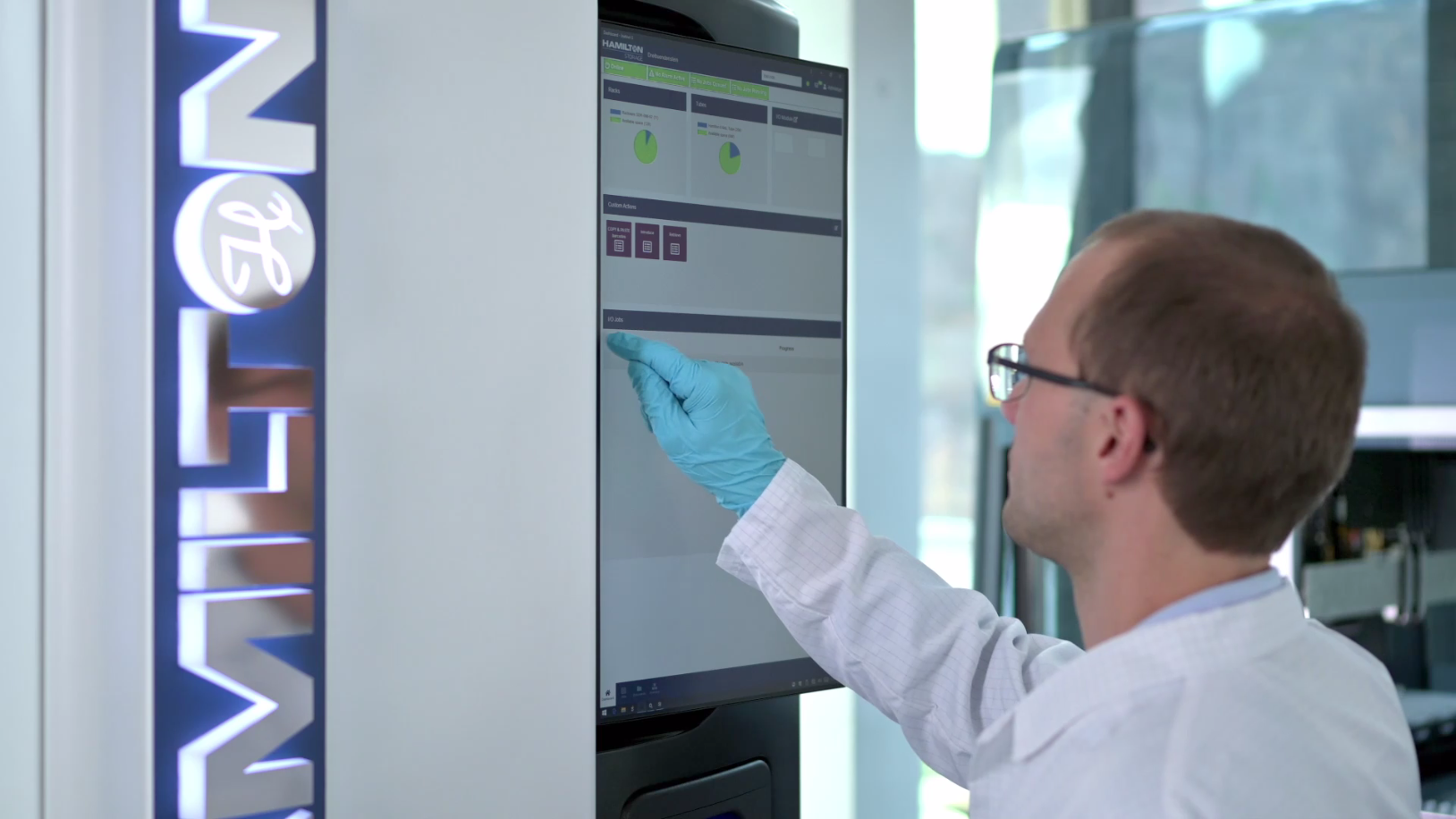 Integrated sample management in your lab